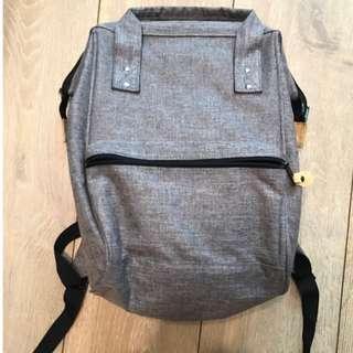🚚 (降價)灰色簡約後背包