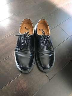 Dr. Martens (style#1461/ size US 8)