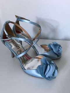 Badgley Mischka Size 6 Blue Satin Shoes