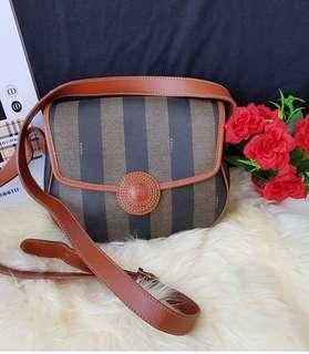 Preloved authentic Fendi sling bag