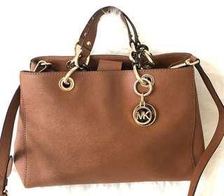Michael Kors Saffiano Sling Bag