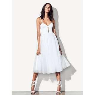 BNWT FAME & PARTNERS WHITE VENICE DRESS - SIZE AU/UK 10 RRP $429
