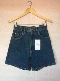ZARA HW Mom Shorts Vintage
