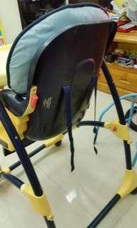 二手,兒童餐椅(跟推車一起帶可議)