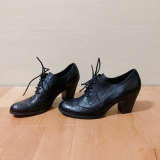 🚚 ORIN 經典復古雕花綁帶粗跟牛津鞋 黑色 全新 39碼