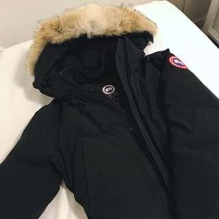 XS Black Canada Goose Trillium Parka — Regular Fit