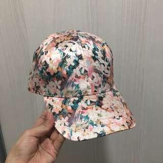 Rubi Cap