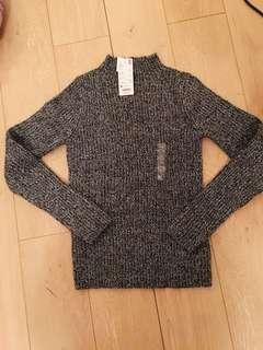 Uniqlo bnwt sweater