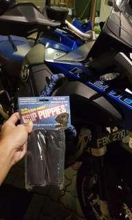 GRIP PUPPIES on BMW GSA 1200LC