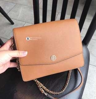 ON SALES🎉Tory Burch Robinson Convertible Shoulder Bag- brown
