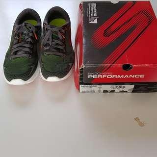 Sepatu Lari Running Cowo Skechers GoMeb Speed 3 Green Uk 39.5 atau US7 Original