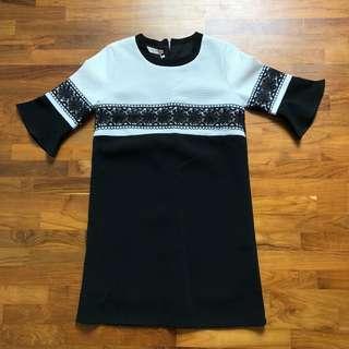 🚚 korean aline textured embroidered dress