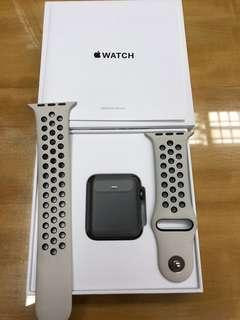 Apple Watch Series 2 42mm NikeLab 特別版