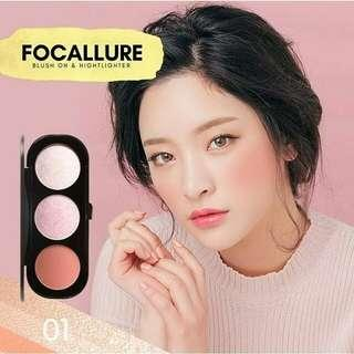 Focallure Trio Blush On & Highlighter no 01