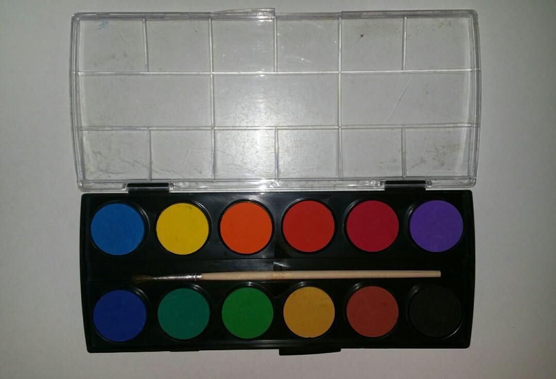 12 colours watercolour