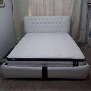 diamond bed frame only,now promo sale