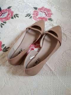 Flat shoes nude