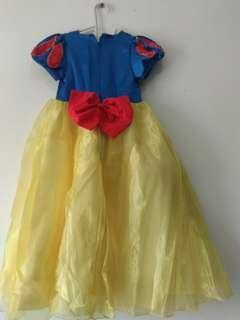 #Jualanibu Dress putri salju untuk umur 3/4 tahun .