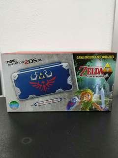 (Brand New) New 2DS XL Console Hylian Shield Edition + A Link Between Worlds Pre-Installed Game