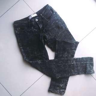 🚚 鐵黑單寧褲
