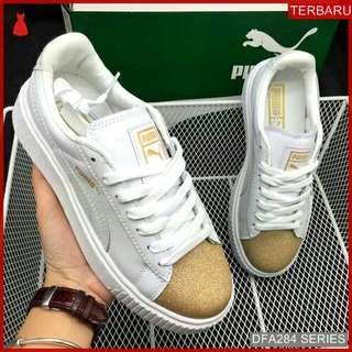 Suede Sepatu Wanita Sneakers