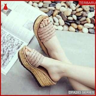 Kanvas Sepatu Wanita Wedges