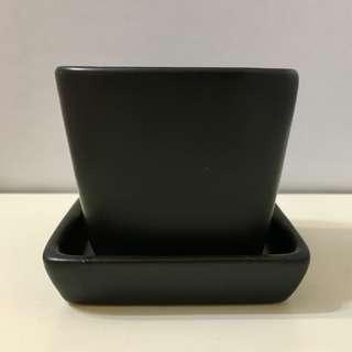 <全新> 7cm黑色方口陶瓷花盆連底盤