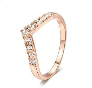 🎺Broad V Shape CZ Ring (ON SALE)🎁🎺