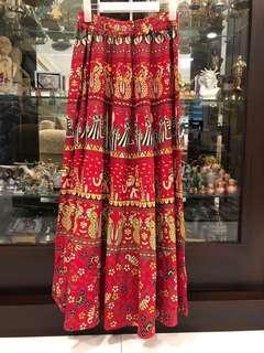 Elephant red skirt