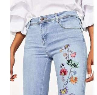 ZARA EMBROIDERY JEANS