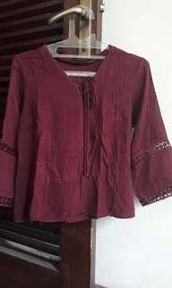 Blouse maroon the executive