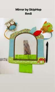 SKIP HOP Soft toy mirror for baby