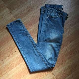 SALE❗️❗️❗️Light Washed Skinny Denim Pants