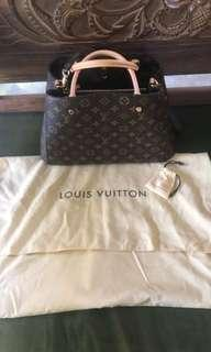 Brand new louis vuitton bag montaigne