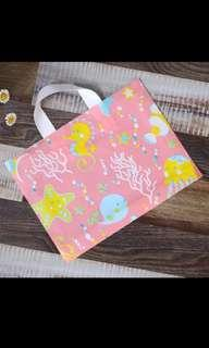 Gift bag/Shopping Bag/Goodie Bag