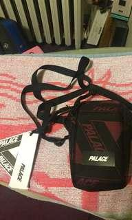 🚚 Palace 包 palace skateboard sling bag