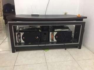 Rak tv kaca