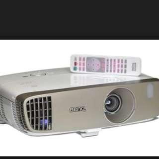 Benq projector W2000 CHEAP!