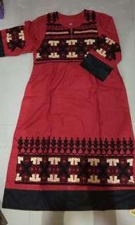 Tunik merah motif bordir