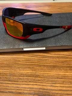 Oakley Ferrari Style Switch