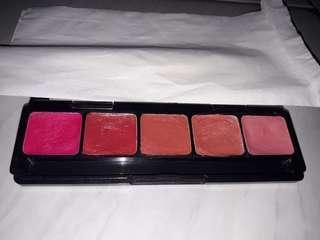 Lipstik Pallete ( Matte dan Glossy )
