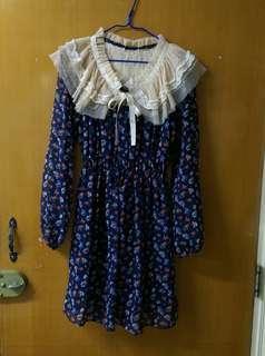 免熨靚料深藍色花花圖案長袖連身裙