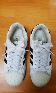 860 adidas波鞋,37碼 $10