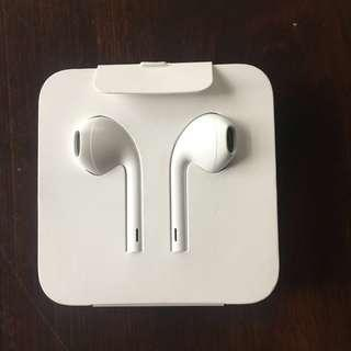 Apple Headset / Earpods with 3.5mm Headphone Jack