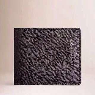 Clearance !! Authentic Burberry London Bi-fold Leather Men's Wallet New With Box PRADA Wallet Gucci Wallet