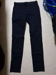 Uniqlo chino flat pants