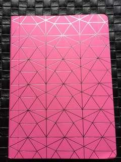 Note book (triangles)