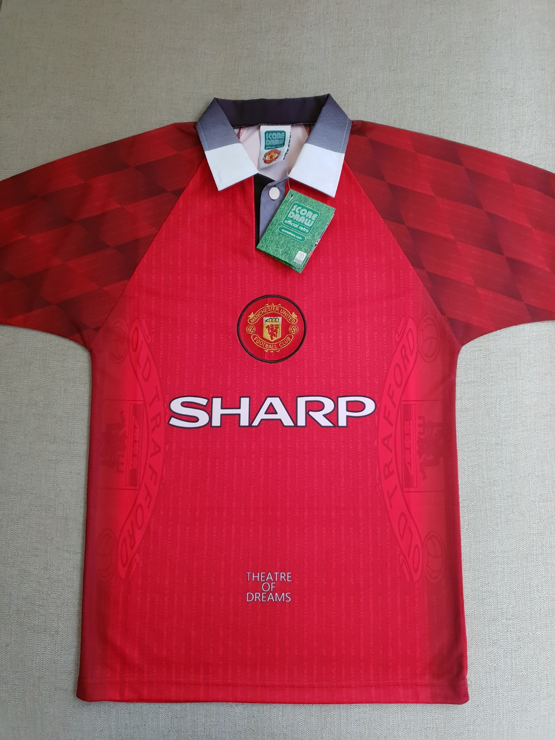 14b66869f51 Clearance  BNWT Official Retro Manchester United 1998 Theatre of ...