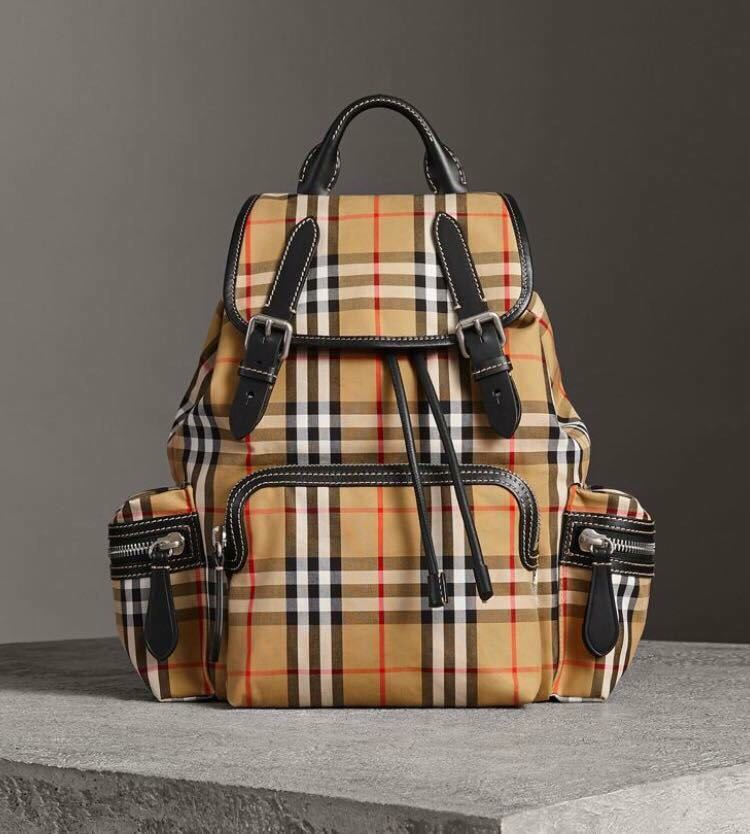 f176a9d54 Burberry Medium Rucksack in Vintage Check & Leather, Luxury, Bags &  Wallets, Backpacks on Carousell