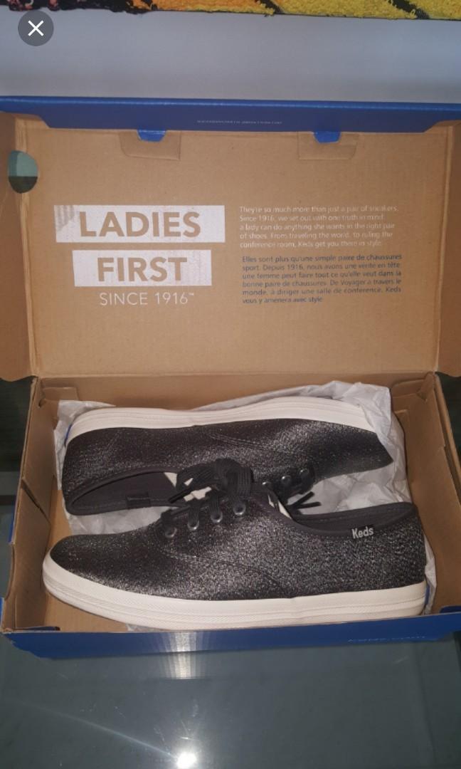 Keds shoe size 5 authentic, Women's